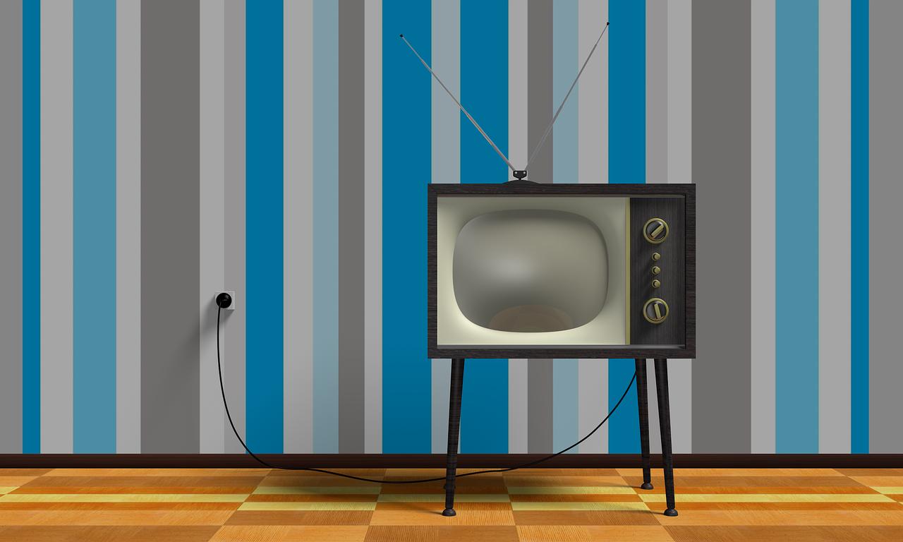 Skaitmeninė TV ar palydovinė